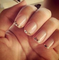 I don't usually like to do my nails, but I really like the cute simplicity in these gold tipped ones. :)