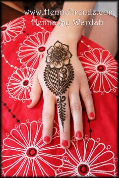 Simple party henna design