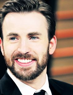 1/∞ pictures of chris evans