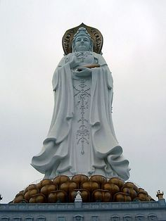 The Guan Yin of the South Sea of Sanya is a ft) statue of the bodhisattva Guan Yin, sited on the south coast of China's island province Hainan near the Nanshan Temple of Sanya. Pagoda Temple, Chinese Places, Bizarre News, Buddha Buddhism, Buddha Art, Beautiful Fantasy Art, Sanya, Guanyin, Weird Pictures