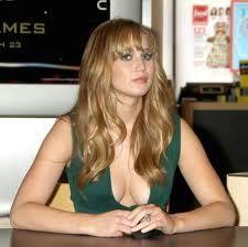 Jennifer Lawrence - Julianne Mitchell