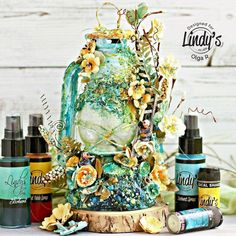 Altered Garden Lantern with Olga Ravenskaya - Lindy's Gang Altered Canvas, Altered Art, Altered Books, Mixed Media Artwork, Mixed Media Canvas, Wine Bottle Crafts, Bottle Art, Mix Media, Lantern Crafts