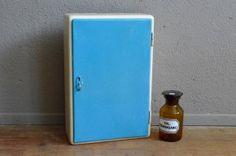 Pharmacie meuble de salle de bain petite armoire vintage étagère pharmacie…