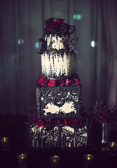 How to Get That Perfect Gothic Wedding Theme | CHWV                                                                                                                                                                                 More