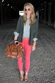 Cupcakes and Cashmere. One of my favorite blogs. I love her style. Thinking of her hair cut with Sydney's color.