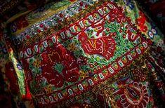 Folk Clothing, Hungarian Embroidery, Heart Of Europe, Folk Dance, Vera Bradley Backpack, Hungary, Beading, Textiles, Costumes