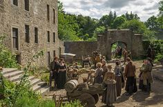 "Midhope House (Lallybroch) | 14 Scottish Places All ""Outlander"" Fans Must Visit"