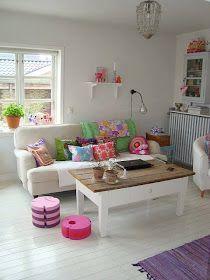 My ideal home?Mor til MERNEE: Jeg har flyttet lidt om. Chic Living Room, Home Living Room, Living Room Decor, Cottage Living, Deco Kids, Colourful Living Room, Colorful Playroom, Deco Boheme, Boho Deco