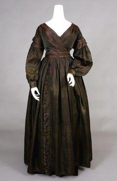 Dress: 1835-1840, figured iridescent silk.