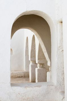 """""""Umran Mosque"""" - Berber architecture Oasis town of Ghadames Libya Photo by Charles O. Architecture Details, Interior Architecture, Interior And Exterior, Interior Design, Gothic Architecture, Ancient Architecture, Mosque Architecture, Ancient Buildings, Interior Modern"""