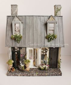 Un Immeuble a Paris Custom Furnished Lighted  Dollhouse