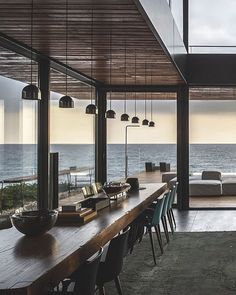 CAANdesign, architecture and home design: the best place for professionals and creative humans to find worldwide architectural and home design projects Exterior Design, Interior And Exterior, Modern Interior, Beach Interior Design, Minimalist Interior, Luxury Interior, Deco Design, Design Salon, Design Design