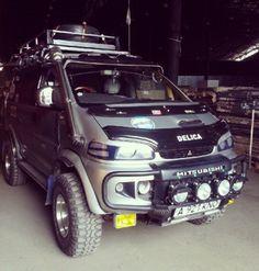 Custom Delica L400 expedition