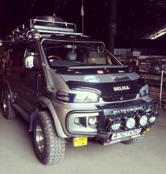 Custom Delica L400 expedition