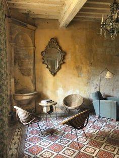 Rustic Italian Home Italian Interior Design, Interior Styling, Interior And Exterior, Interior Decorating, Rustic Design, Rustic Decor, Rustic Italian Decor, Italian Home Decor, Modern Design