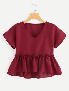 Cute Plain Asymmetrical Peplum Regular Fit V neck Short Sleeve Pullovers Burgundy Regular Length V Neckline Pep Hem Blouse - Dentelle tissus Pretty Outfits, Fall Outfits, Summer Outfits, Casual Outfits, Cute Outfits, Crop Top Outfits, Cute Fashion, Girl Fashion, Fashion Dresses