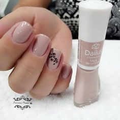 Toe Nail Color, Nail Colors, Minimalist Nails, Colorful Nail Designs, Nail Bar, Nail Artist, Toe Nails, Nails Inspiration, Beauty Nails