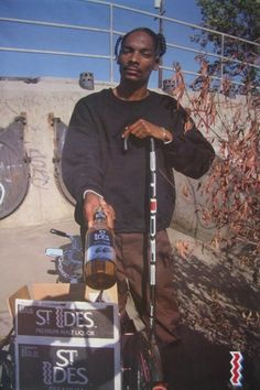 skate celebrities swag hip hop rap dope Celebs rappers Snoop Dogg young ill booze urban celeb beer 90s old school 80s swagger Gangsta rapper ghetto trill snoop malt liquor 40 oz cane pimp swaggers snoop lion
