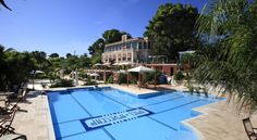 Hotel Park Novecento Resort Ostuni Located 5 minutes' drive from the historic centre of Ostuni, Hotel Park Novecento Resort dates back to 1840 and offers landscaped gardens with a swimming pool and sun terrace.