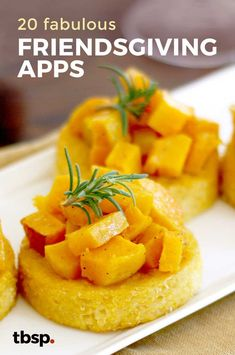 There's the family you're related to, and the friends who feel like family. So when Friendsgiving rolls around, youre going to want to step it up a notch to show your gratitude. These are the apps for that. Appetizer Recipes, Appetizers, Appetizer Ideas, Recipe Notes, Clean Eating Snacks, Strawberry, Rolls, Thanksgiving, Vegetarian