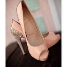 Elegant Peach Wedding Ideas