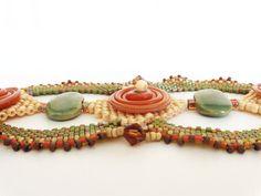Autumn Disc Beadweaving Bracelet van dorothydomingo op Etsy, $80.00