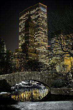 The Gapstow Bridge at night. Central Park.