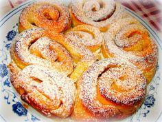 Torta di Rose con Burro e Zucchero