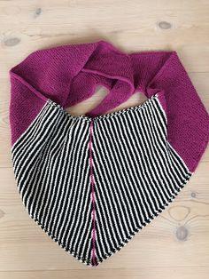 """designstrik.dk: Tørklæder og """"navne"""" på dem Shawl Cardigan, Knit Crochet, Knitting Patterns, Casual Shorts, Scarves, How To Make, How To Wear, Inspiration, Fashion"""
