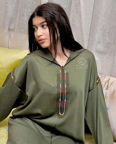 Moroccan Dress, Mode Hijab, Caftans, Modest Fashion, Bomber Jacket, Beautiful Women, Classy, Stylish, Jackets