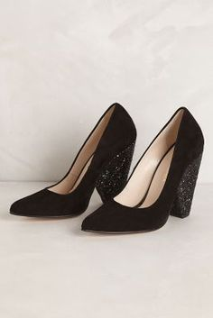 Trendy High Heels For You : Lujoso Suede Pumps Zapatos Shoes, Shoes Heels, Cute Shoes, Me Too Shoes, Glitter Heels, Sparkly Heels, Clutch, Suede Pumps, Black Pumps
