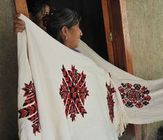 Coyutla Weaving Mexico by Teyacapan, via Flickr