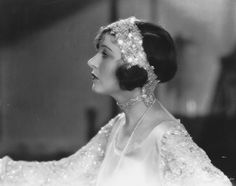 Corinne Griffith @@@@@......http://www.pinterest.com/pocketmuseum/1920s-fashion-in-photographs/  ......€€€€€€€€€€€€€€€€€€€€€€€€€€€€