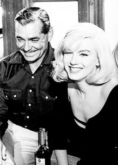 Marilyn Monroe and Clark Gable on the set of The Misfits, 1960. Photo by Inge Morath.