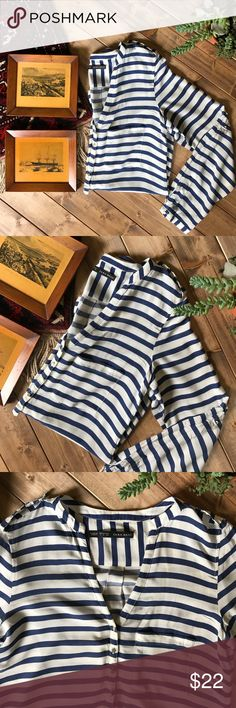 • ZARA basic striped blouse • Basics line. Nautical navy and white stripes with gold buttons. Sleeves can be rolled and buttoned or kept long. Preloved but no flaws! Thin and oh so soft material. Zara Tops Blouses