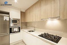 Además de un nuevo disñeo, la #reforma de #cocina está equipada por completo. #Barcelona #kitchen