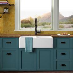 Teal Kitchen Cabinets, Green Cabinets, Kitchen Cabinet Colors, Painting Kitchen Cabinets, Kitchen Paint, Kitchen Redo, Kitchen Colors, Kitchen Remodel, Kitchen Design