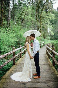 Организаторы фестиваля стильных свадеб WFEST рассказали редакции Woman's Day о том, зачем выходить замуж и стоит ли экономить на свадьбе в кризис.