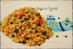 La fregola con verdure è un piatto tipico della Sardegna, preparata come un risotto. Tanto brodo e colorati ortaggi pieni di profumo e un…