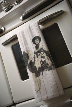 """Donna & Pony"" Cotton Dish Towel"
