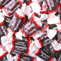 If you are looking for kosher candy to serve at your next event, check out the selection at BulkCandyStore. We have all the colors and candy types to choose from! Chocolate Treats, Chocolate Flavors, Kosher Candy, Nostalgic Candy, Old Candy, Old Fashioned Candy, Candy Theme, Candy Store, So Little Time