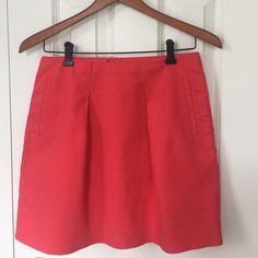 FLASH SALE! Pink J Crew Skirt JCrew skirt  // size 2  // 100% cotton // pre-loved                                                                      pet-free home  smoke-free apartment  ⚡️ use the 'Offer' button to make your reasonable offer J. Crew Skirts Midi