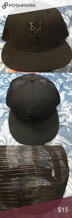 finest selection 2bda5 5b20a Adidas VTG 90s Trefoil Full Zip Black Jacket   My Posh Picks   Pinterest    Adidas, Zip and Hoods