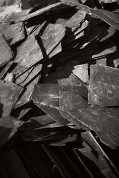 Broken Slate with jagged textures; natural grey colour inspiration