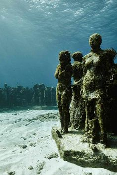 MUSA underwater sculpture park by Jason deCaires Taylor captured by Claudia Legge Underwater Sculpture, Underwater City, Underwater Pictures, Sunken City, Underwater Photographer, Gif Animé, Cool Photos, Places To Visit, Gallery