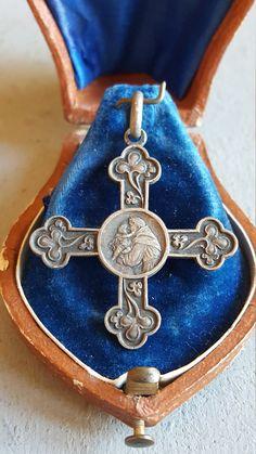 Antique Spanish Saint Anthony Cross Medal Pendant Art Nouveau San Antonio St Anthony Catholic Jewelry Religious Jewelry Saint Anthony Medal by PinyolBoiVintage on Etsy