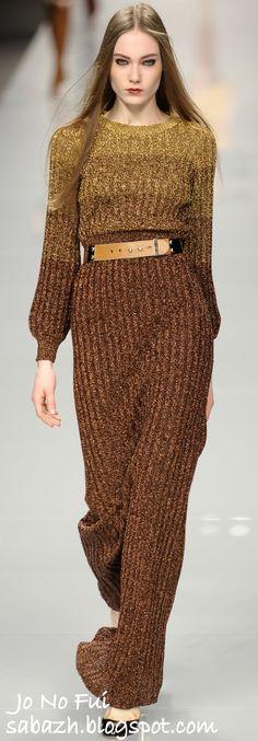 СТИЛЬНОЕ ВЯЗАНИЕ: Вязаные платья 2011-2012