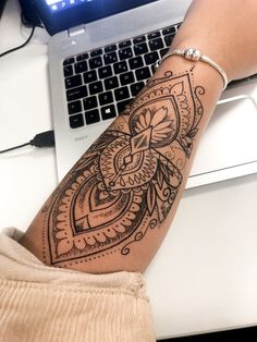 mini tattoos with meaning . mini tattoos for girls with meaning . mini tattoos behind ear Mandala Tattoo Design, Mandala Hand Tattoos, Henna Arm Tattoo, Tattoo Arm Frau, Mandala Tattoo Sleeve Women, Henna Tattoo Designs Arm, Snake Tattoo, Cuff Tattoo Wrist, Mendala Tattoo