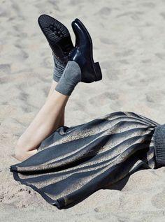 Faded stripe skirt   Blue and black   Beach   Rue de Beautreillis