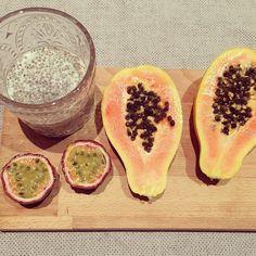 Snack: Chia Pudding & Tropical fruits [papaya  passion fruit]  #fitnessgirl #fitness #fitlondoners #fit #healthy #kaylasbbg #kaylasarmy #kayla_itsines #kaylamovement #thekaylamovement #bbg #bbg1 #bbgfam #bbgsisters #bbgprogress #fit #fitness #fitnessgirl #fitsnack by real_and_not_perfect